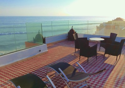 bouad_3_bed_apartment_rental_roof_terrace_with_loungers_taghazout
