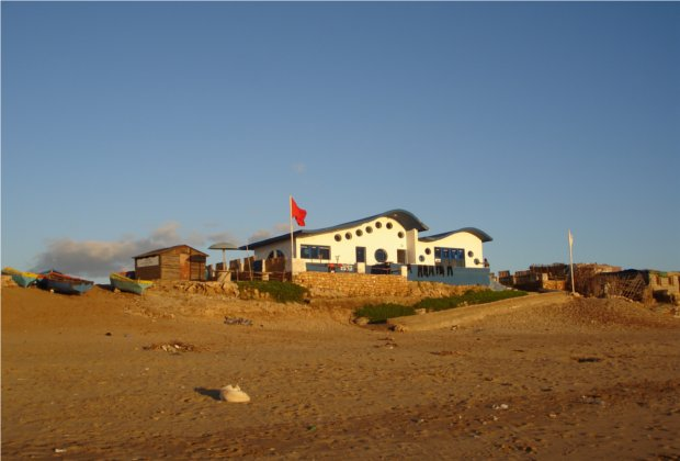 imouran surf club with surf berbere help