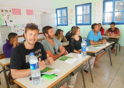 surf instructor course teaching english