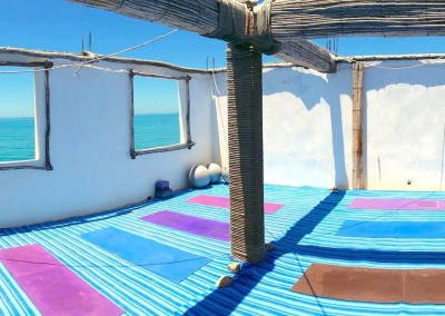 surf_berbere_yoga_space_above_cafe_kr_surf_holiday_morocco_surf_camp_taghazout-min