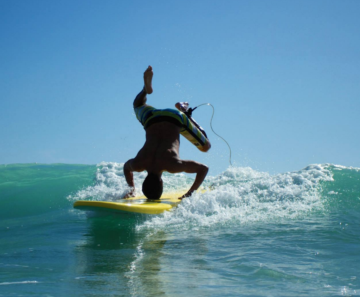 how to become surf intructor