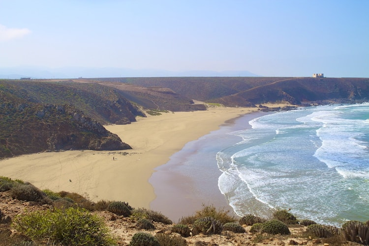 sidi ifni surf trip with surf berbere surf instructor course in morocco