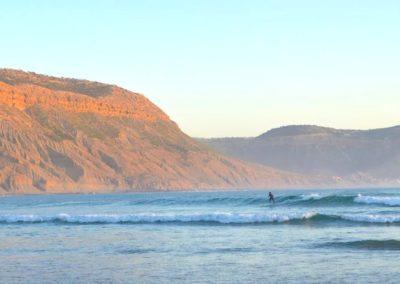 immesouane bay surfer-min